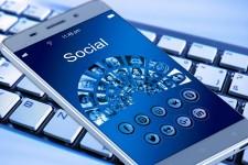 How to hide in social media